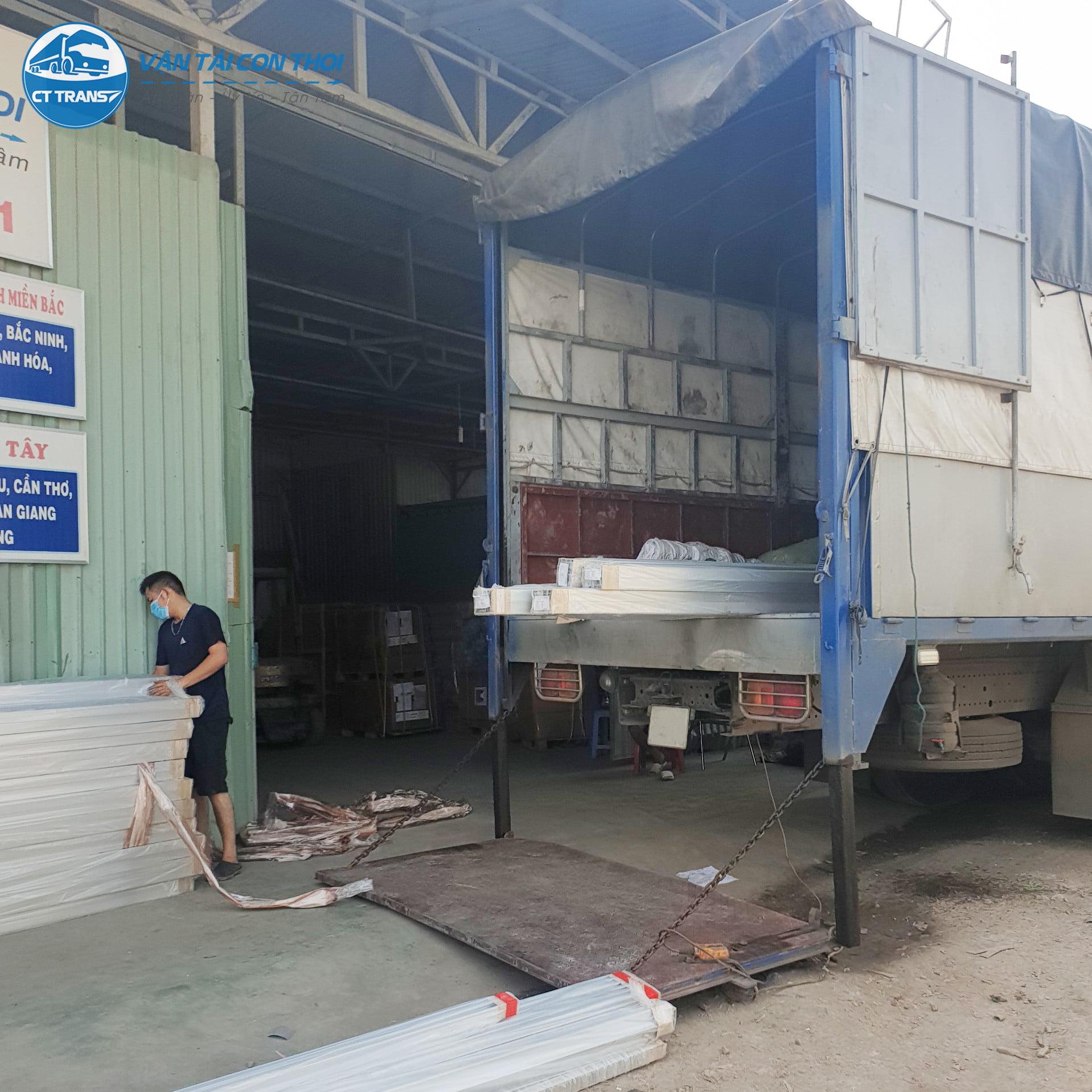 vận chuyển hàng hóa Sài Gòn đi Quảng Nam,u